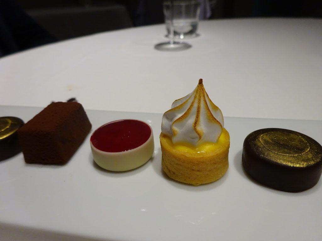 More dessert!